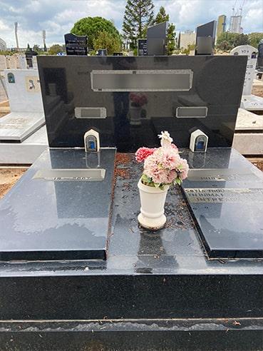 מצבה לקבר איכותית